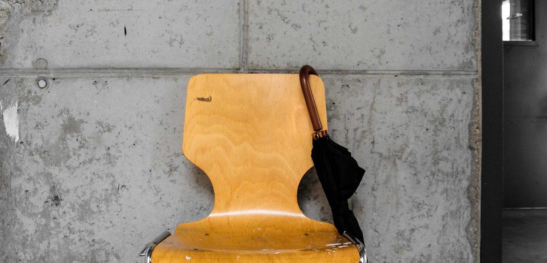 Mariya-Boyanova-Raum-Portrait-Fotografie-Berlin Stuhl